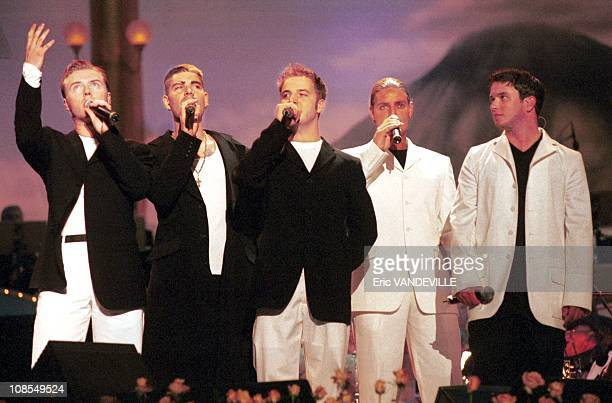 Boyzone in Modena Italia on June 01st 1999