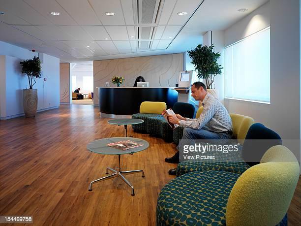 Bp Rotterdam Rotterdam Netherlands Architect Degw Bp Rotterdam View Of Reception With People