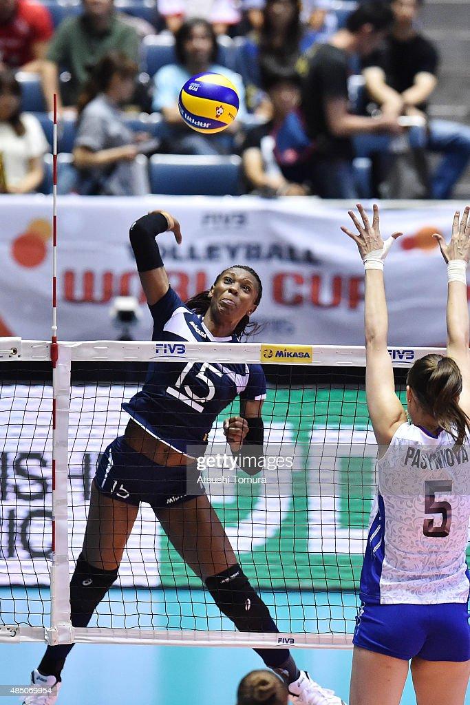 Russia v Kenya - FIVB Women's Volleyball World Cup Japan 2015 : ニュース写真