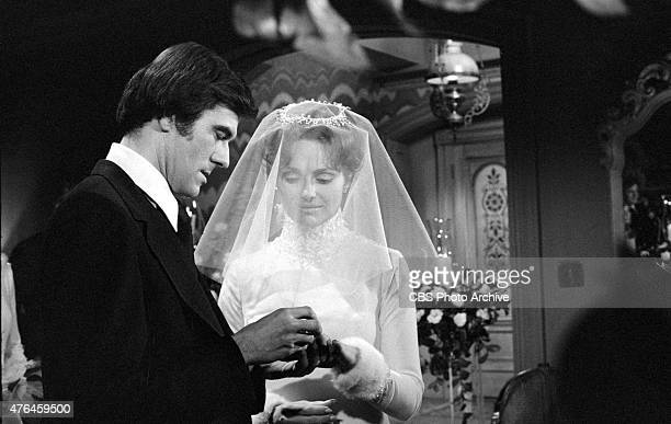 Brad and Leslie's Wedding on THE YOUNG AND THE RESTLESS Tom Hallick and Janice Lynde Image dated January 24 1975