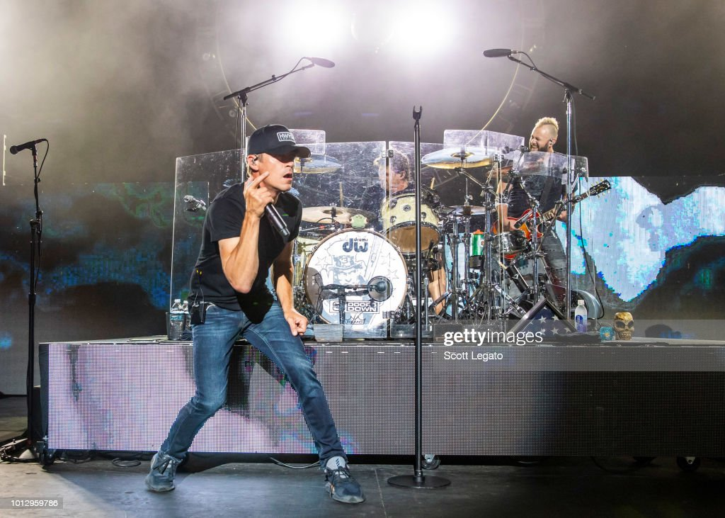 Brad Arnold and Greg Upchurch of 3 Doors Down perform in