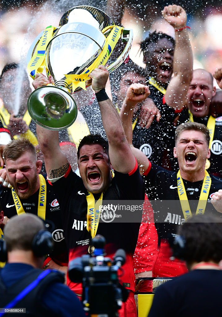 Brad Barritt of Saracens lifts the trophy after voctory in the Aviva Premiership final match between Saracens and Exeter Chiefs at Twickenham Stadium on May 28, 2016 in London, England.