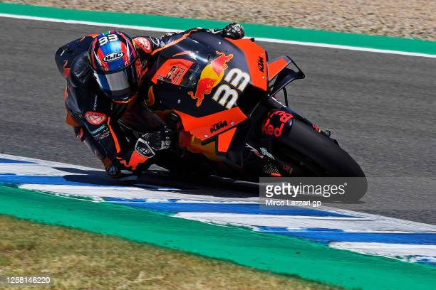 Brad Binder of South Africa and Red Bull KTM Factory Racing rounds the bend during the MotoGP of Andalucia - Qualifying at Circuito de Jerez on July...