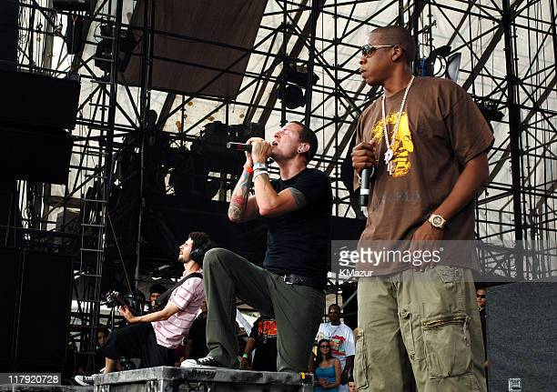 Brad Delson and Chester Bennington of Linkin Park with JayZ