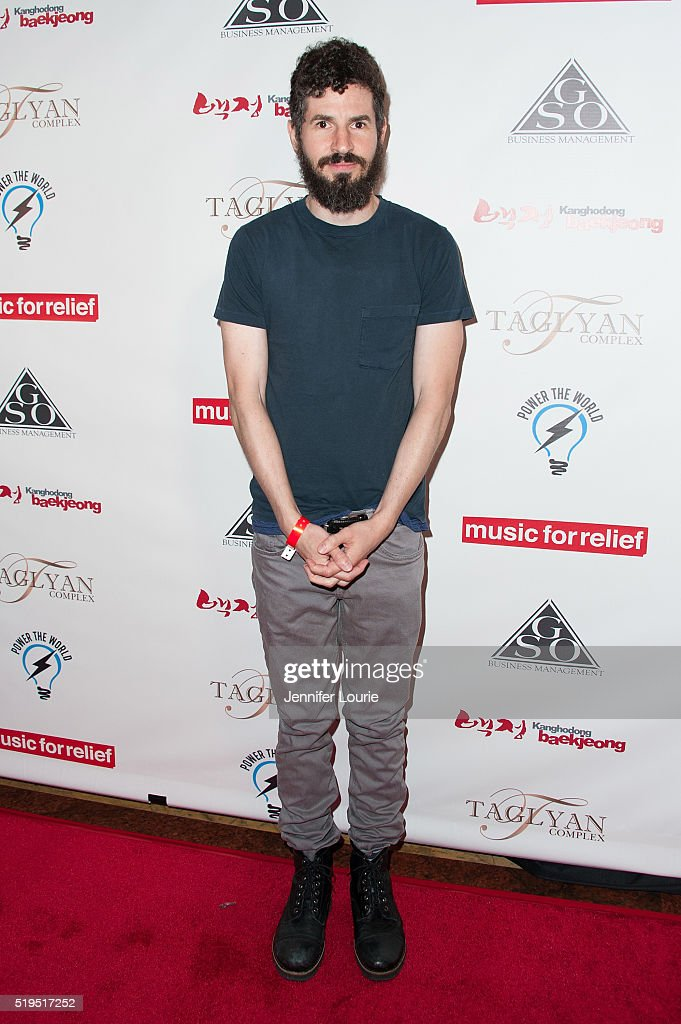 Charity Poker Tournament To Benefit Music For Relief - Arrivals