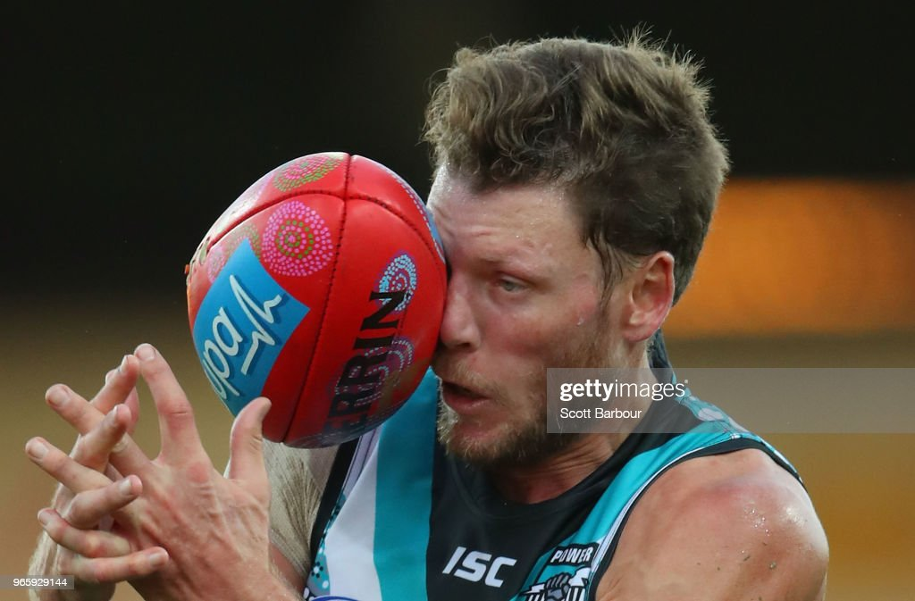 Brad Ebert of the Power attempts to mark the ball during the round 11 AFL match between the Hawthorn Hawks and the Port Adelaide Power at University of Tasmania Stadium on June 2, 2018 in Launceston, Australia.