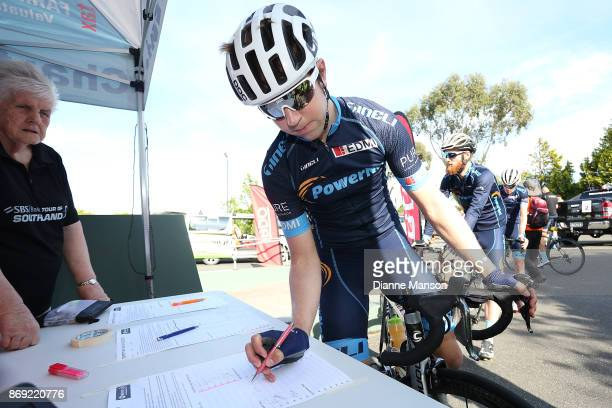 Brad Evans of Dunedin Powernet signs in during stage 4 of the 2017 Tour of Southland on November 2 2017 in Invercargill New Zealand