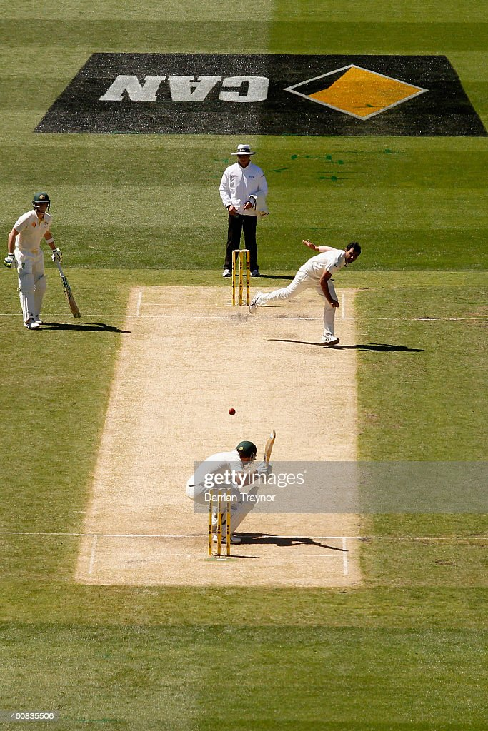 Brad Haddin of Australia evades a bouncer during day one of the Third Test match between Australia and India at Melbourne Cricket Ground on December 26, 2014 in Melbourne, Australia.