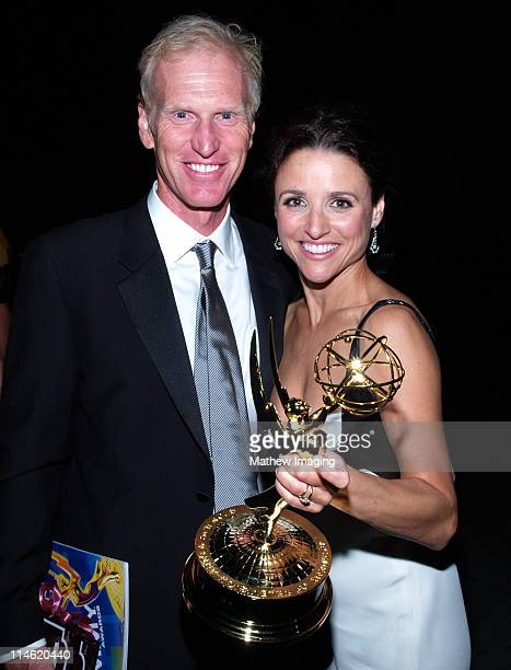 Brad Hall and Julia LouisDreyfus winner Outstanding Lead Actress in a Comedy Series for 'The New Adventures of Old Christine'