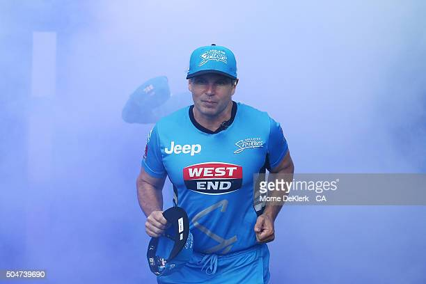 Brad Hodge of the Adelaide Strikers runs onto the field during the Big Bash League match between the Adelaide Strikers and the Hobart Hurricanes at...