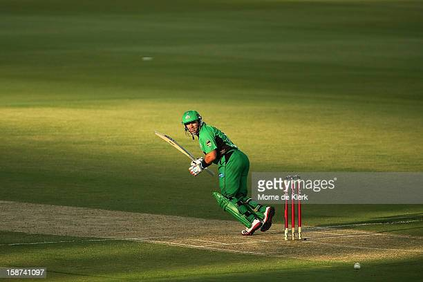Brad Hodge of the Stars bats during the Big Bash League match between the Adelaide Strikers and the Melbourne Stars at Adelaide Oval on December 27...