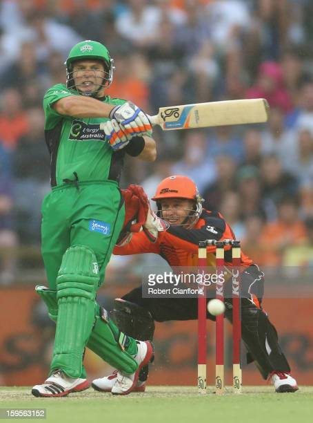 Brad Hodge of the Stars bats during the Big Bash League semifinal match between the Perth Scorchers and the Melbourne Stars at the WACA on January 16...