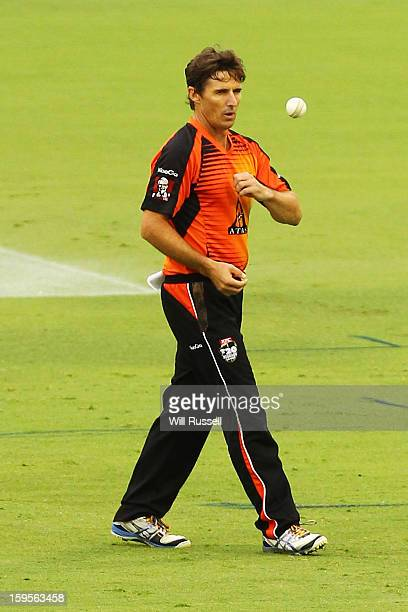 Brad Hogg of the Scorchers prepares to bowl during the Big Bash League semifinal match between the Perth Scorchers and the Melbourne Stars at the...
