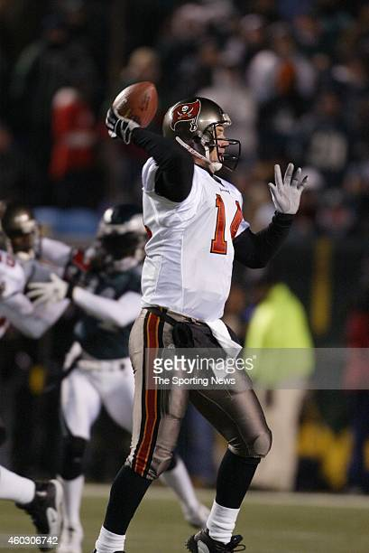Brad Johnson of the Tampa Bay Buccaneers turns to hand the ball off during a game against the Philadelphia Eagles on January 19 2003 at Veteran's...