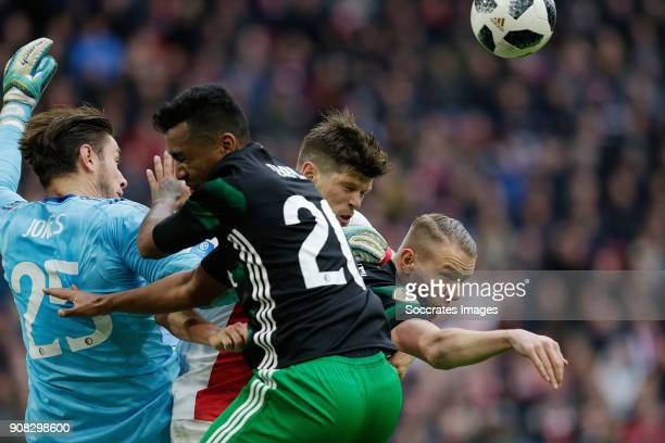 Brad Jones of Feyenoord Renato Tapia of Feyenoord Klaas Jan Huntelaar of Ajax Sven van Beek of Feyenoord during the Dutch Eredivisie match between...