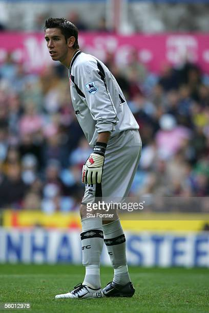 Brad Jones of Middlesbrough organises his defence during the Barclays Premiership match between Aston Villa and Middlesbrough at Villa Park on...