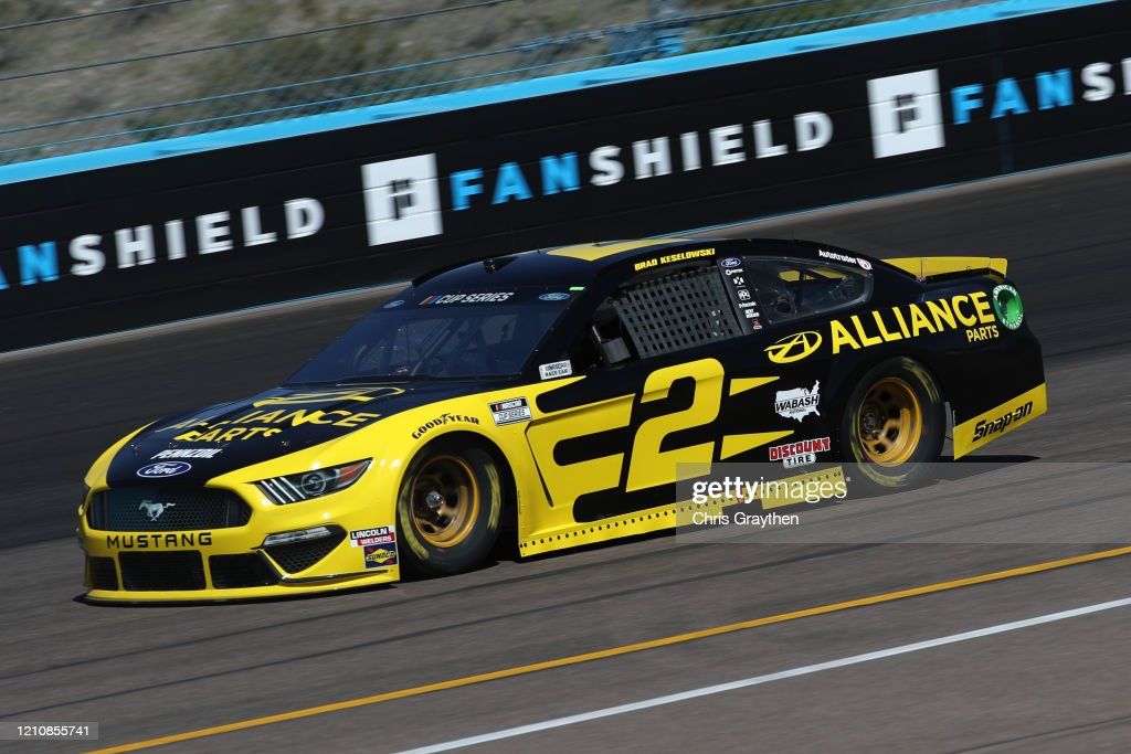 NASCAR Cup Series FanShield 500 - Practice : News Photo