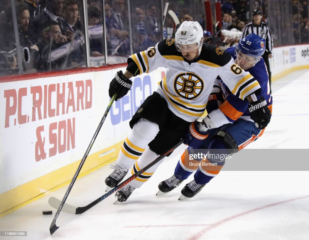 Boston Bruins v New York Islanders : News Photo