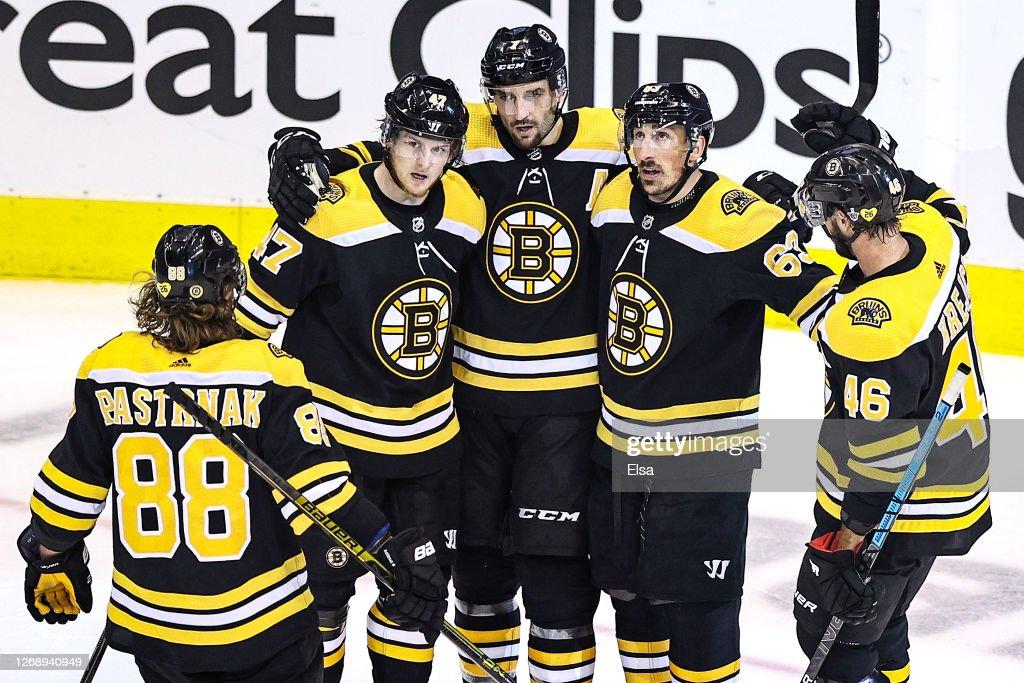 Tampa Bay Lightning v Boston Bruins - Game Three : Foto jornalística
