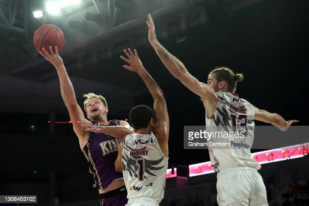 Brad Newley of the Kings drives at the basket during the NBL Cup match between the Sydney Kings and the Illawarra Hawks at John Cain Arena on March...