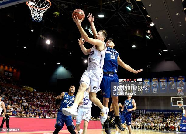 Brad Newley of the Kings drives to the basket during the round 11 NBL match between the Brisbane Bullets and the Sydney Kings at Brisbane Convention...