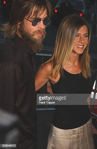 Brad Pitt and Jennifer Aniston arriving at the premiere of The Good Girl