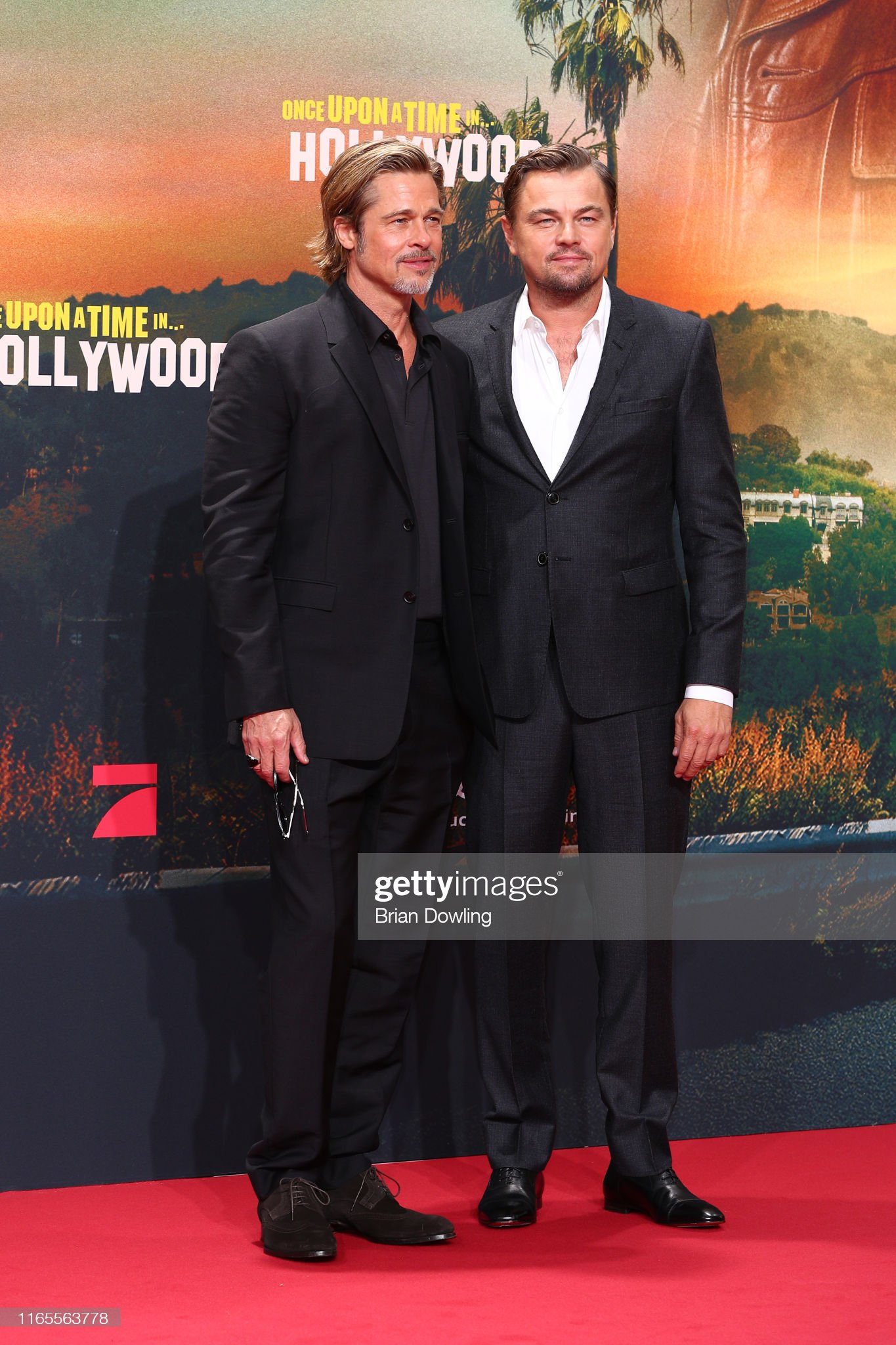 ¿Cuánto mide Brad Pitt? - Altura - Real height - Página 3 Brad-pitt-and-leonardo-dicaprio-attend-the-premiere-of-once-upon-a-picture-id1165563778?s=2048x2048