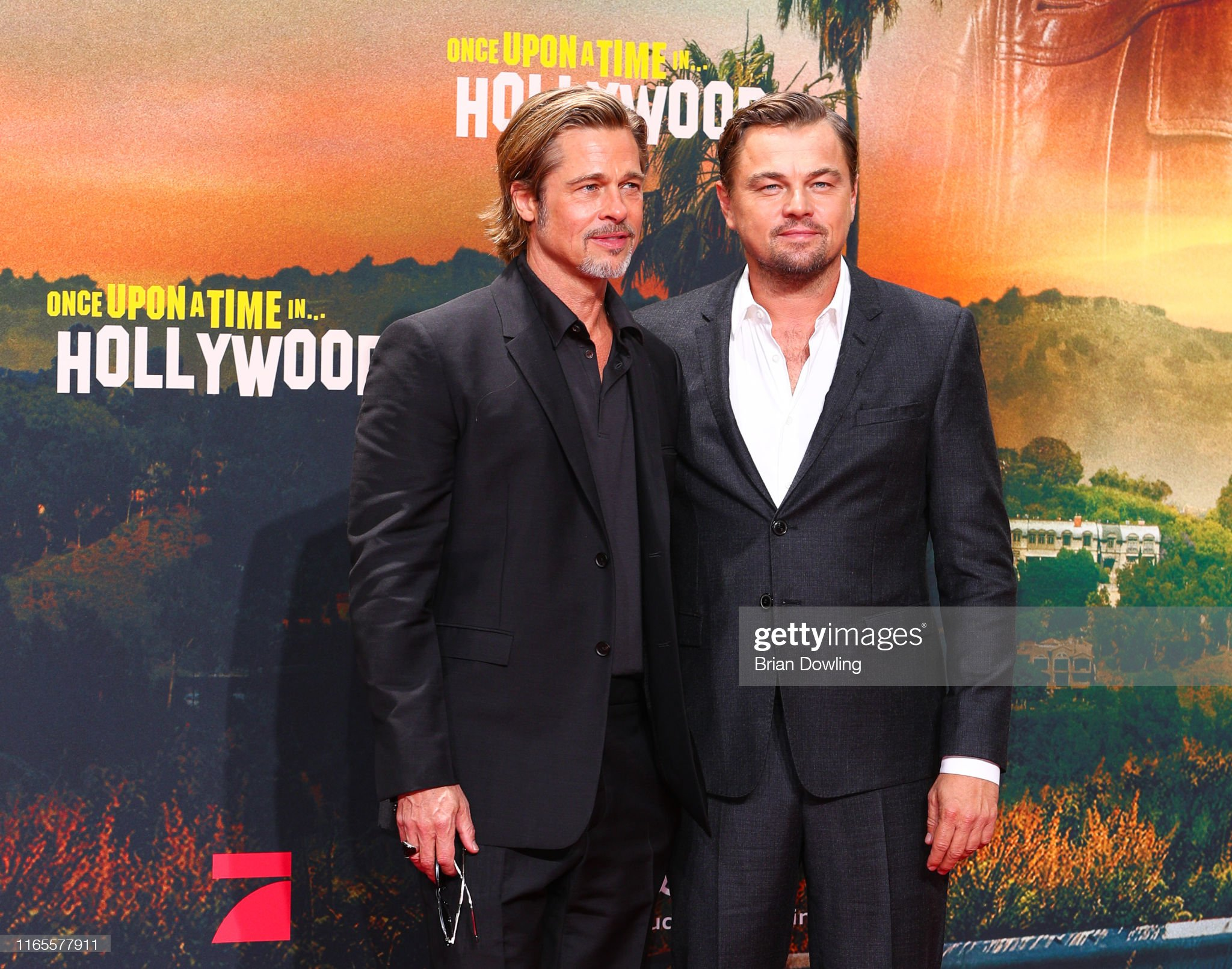 ¿Cuánto mide Brad Pitt? - Altura - Real height - Página 3 Brad-pitt-and-leonardo-dicaprio-attend-the-premiere-of-once-upon-a-picture-id1165577911?s=2048x2048