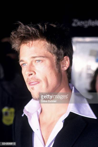 Brad Pitt at premiere of 'Meet Joe Black' New York November 2 1998