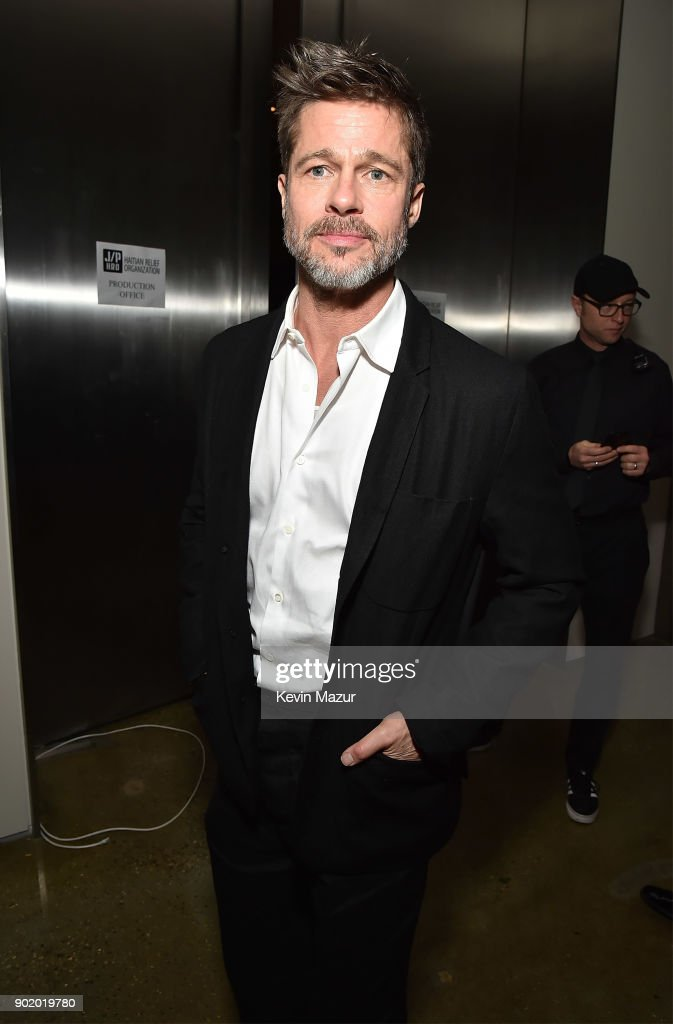 Brad Pitt attends the 7th Annual Sean Penn & Friends HAITI RISING Gala benefiting J/P Haitian Relief Organization on January 6, 2018 in Hollywood, California.