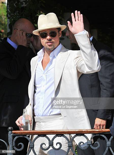 Brad Pitt waves as he arrives for the 'Burn After Reading' Photocall part of the 65th Venice Film Festival at Palazzo del Casino on August 27 2008 in...