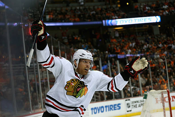Chicago Blackhawks v Anaheim Ducks - Game One