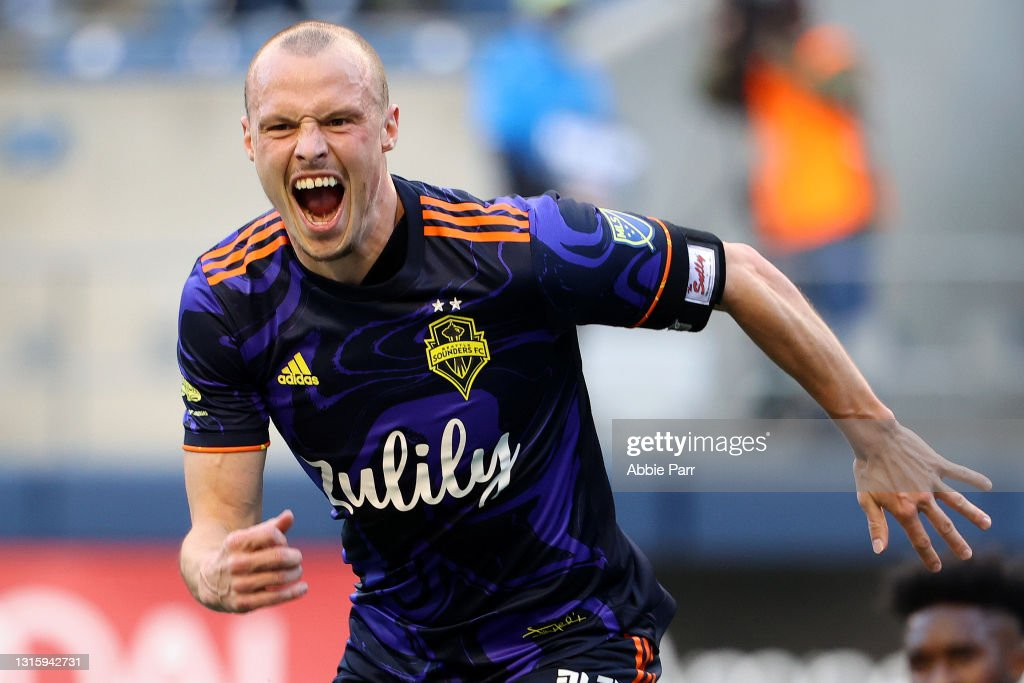 Los Angeles Galaxy v Seattle Sounders FC : News Photo