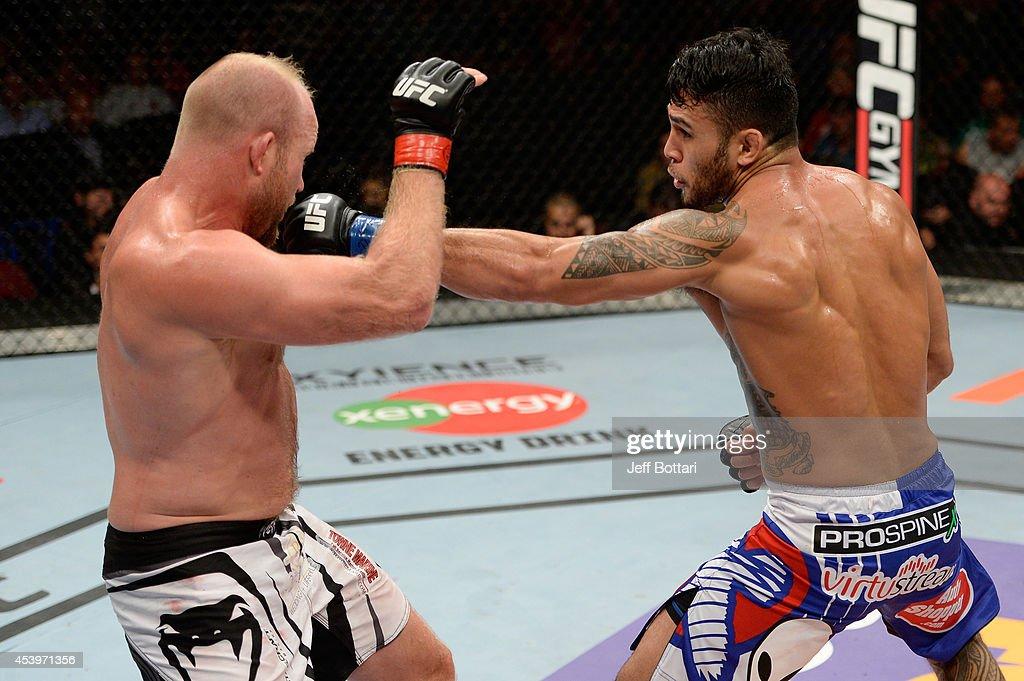 UFC Fight Night: Bader v Saint Preux