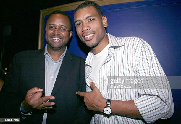 Brad Tilford of the New York Knicks and Allan Houston
