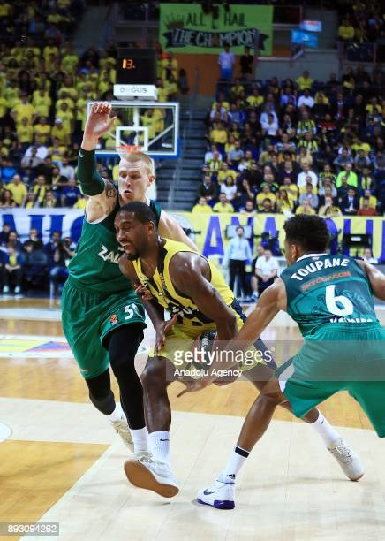 Brad Wannamaker of Fenerbahce Dogus in action against Aaron White and Axel Toupane of Zalgiris during the Turkish Airlines Euroleague basketball...