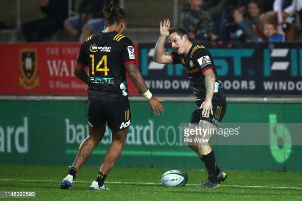 Brad Weber of the Chiefs celebrates his try during the round 13 match between the Chiefs and the Sharks at FMG Stadium on May 11 2019 in Hamilton New...