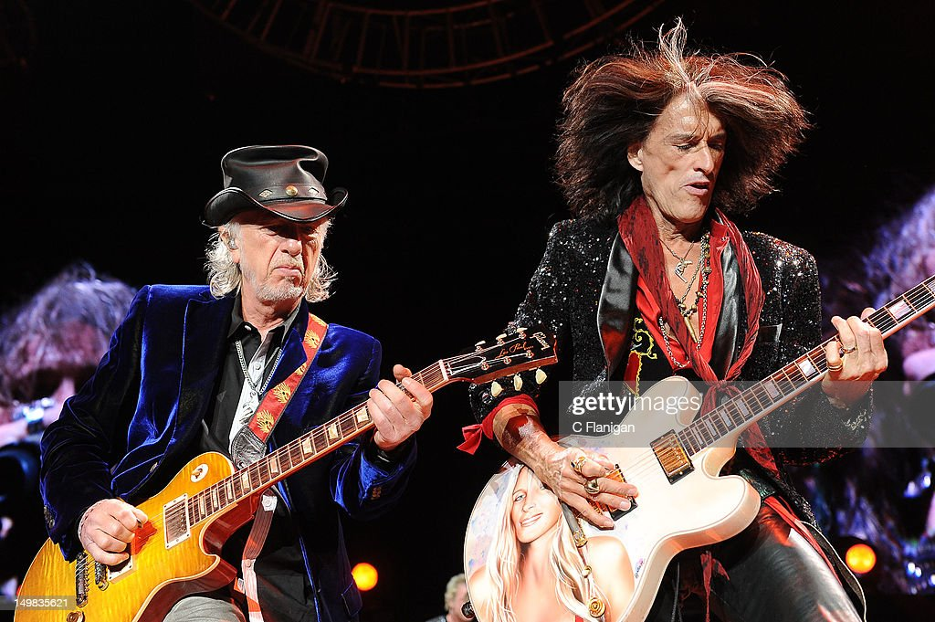 The Global Warming Tour Featuring Aerosmith And Cheap Trick - Oakland, CA : News Photo