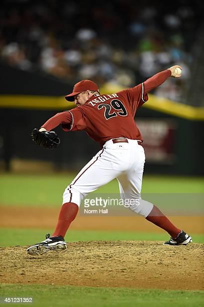 Brad Ziegler of the Arizona Diamondbacks pitches against the Milwaukee Brewers at Chase Field on June 18 2014 in Phoenix Arizona Arizona won 43