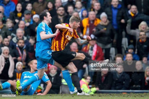 Bradford City's Jon Stead scores Bradford's 2nd goal
