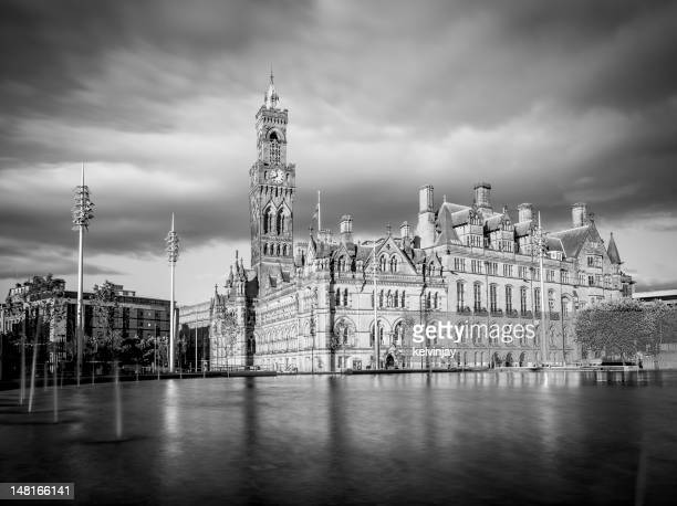bradford town hall - bradford england stock pictures, royalty-free photos & images
