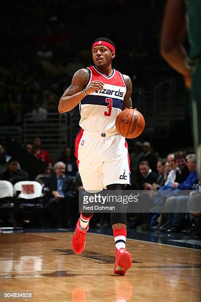 Bradley Beal of the Washington Wizards handles the ball against the Milwaukee Bucks on January 13 2016 at Verizon Center in Washington DC NOTE TO...