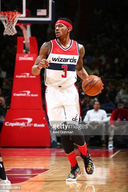 Bradley Beal of the Washington Wizards handles the ball against the Portland Trail Blazers on January 18 2016 at Verizon Center in Washington DC NOTE...