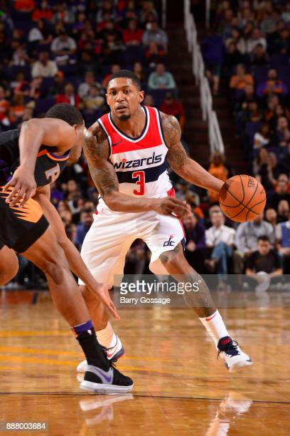 Bradley Beal of the Washington Wizards handles the ball against the Phoenix Suns on December 7 2017 at Talking Stick Resort Arena in Phoenix Arizona...
