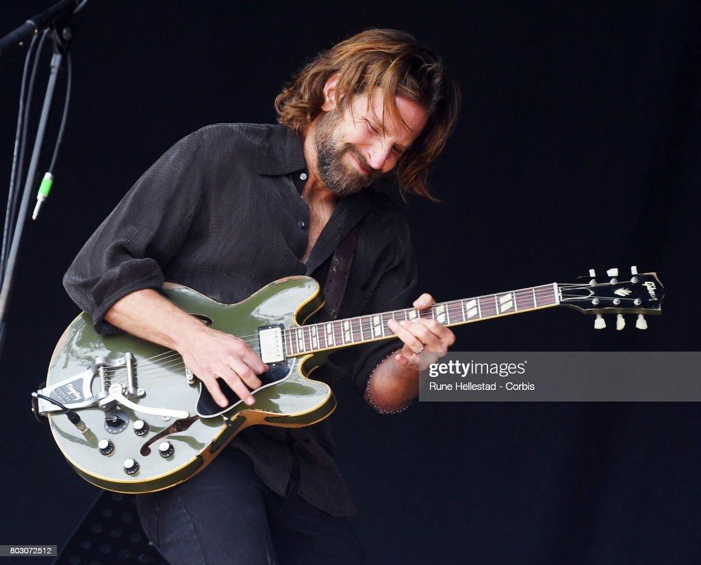 Glastonbury Festival 2017 - Day 2 : News Photo