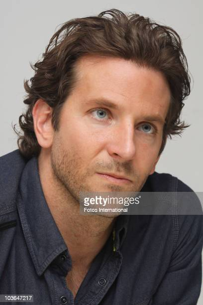 Bradley cooper fotos stock photos and pictures getty images bradley cooper poses for a photo during a portrait session at the four seasons hotel in urmus Image collections