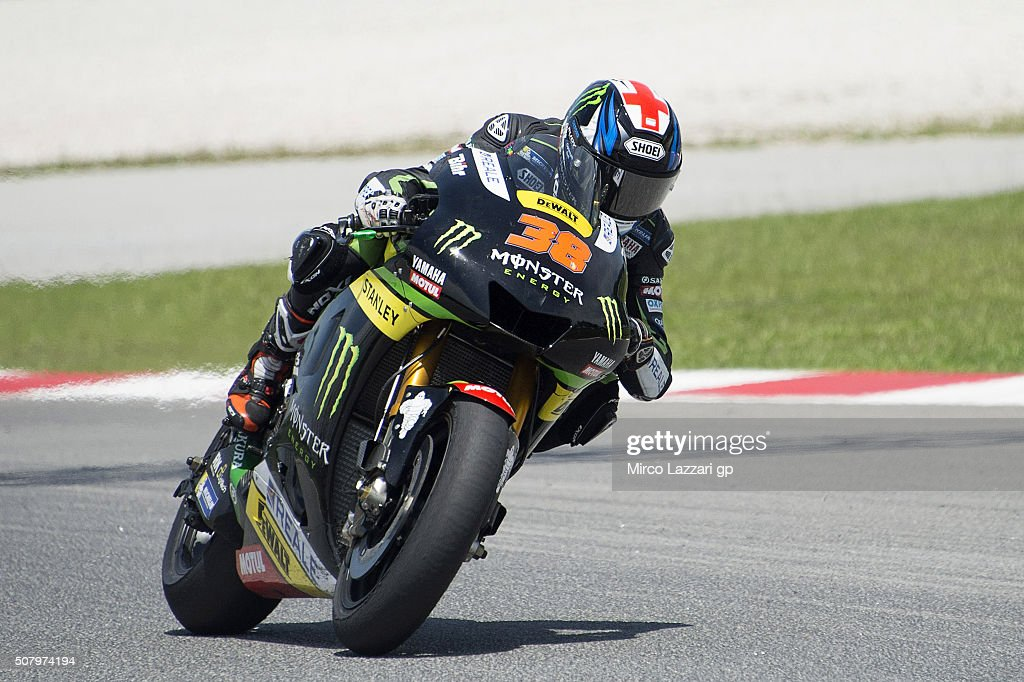Bradley Smith of Great Britain and Monster Yamaha Tech 3 heads down a straight during the MotoGP Tests In Sepang at Sepang Circuit on February 2, 2016 in Kuala Lumpur, Malaysia.