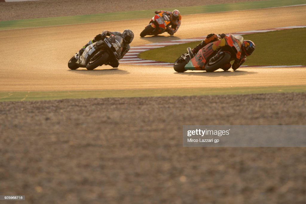 Bradley Smith of Great Britain and Red Bull KTM Factory Racing leads the field during the MotoGP Testing - Qatar at Losail Circuit on March 1, 2018 in Doha, Qatar.