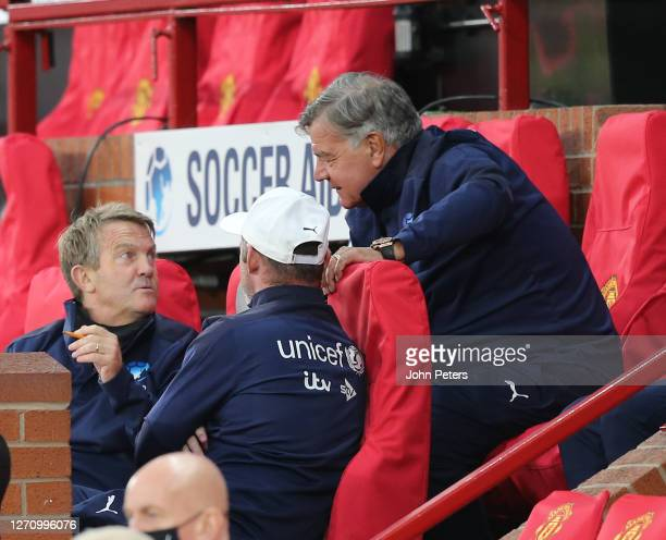 Bradley Walsh of England talks to Manager Sam Allardyce and Wayne Rooney during the Soccer Aid for Unicef 2020 match between England and Rest of the...
