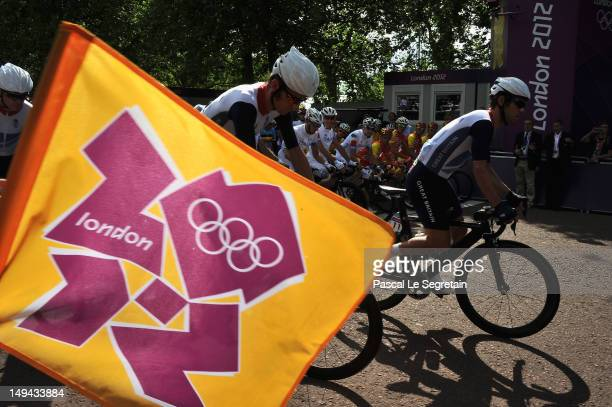 Bradley Wiggins and Mark Cavendish of Great Britain take the start of the cycling road race during the 2012 London Olympic games on July 28 2012 in...